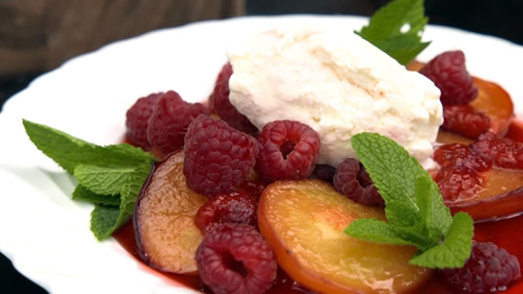 Pizza Oven Peach Melba